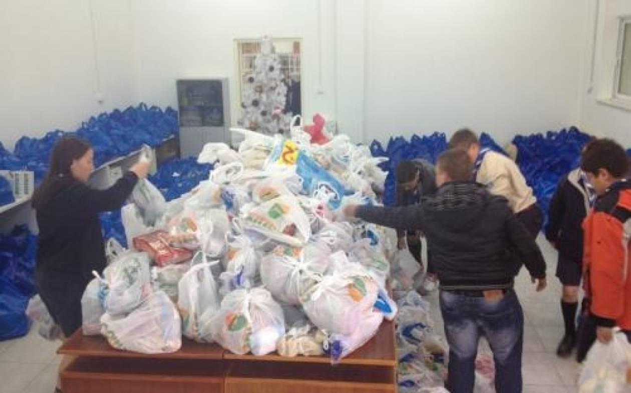 Ρόδος: Οι Πρόσκοποι γέμισαν με τρόφιμα το Κοινωνικό Παντοπωλείο