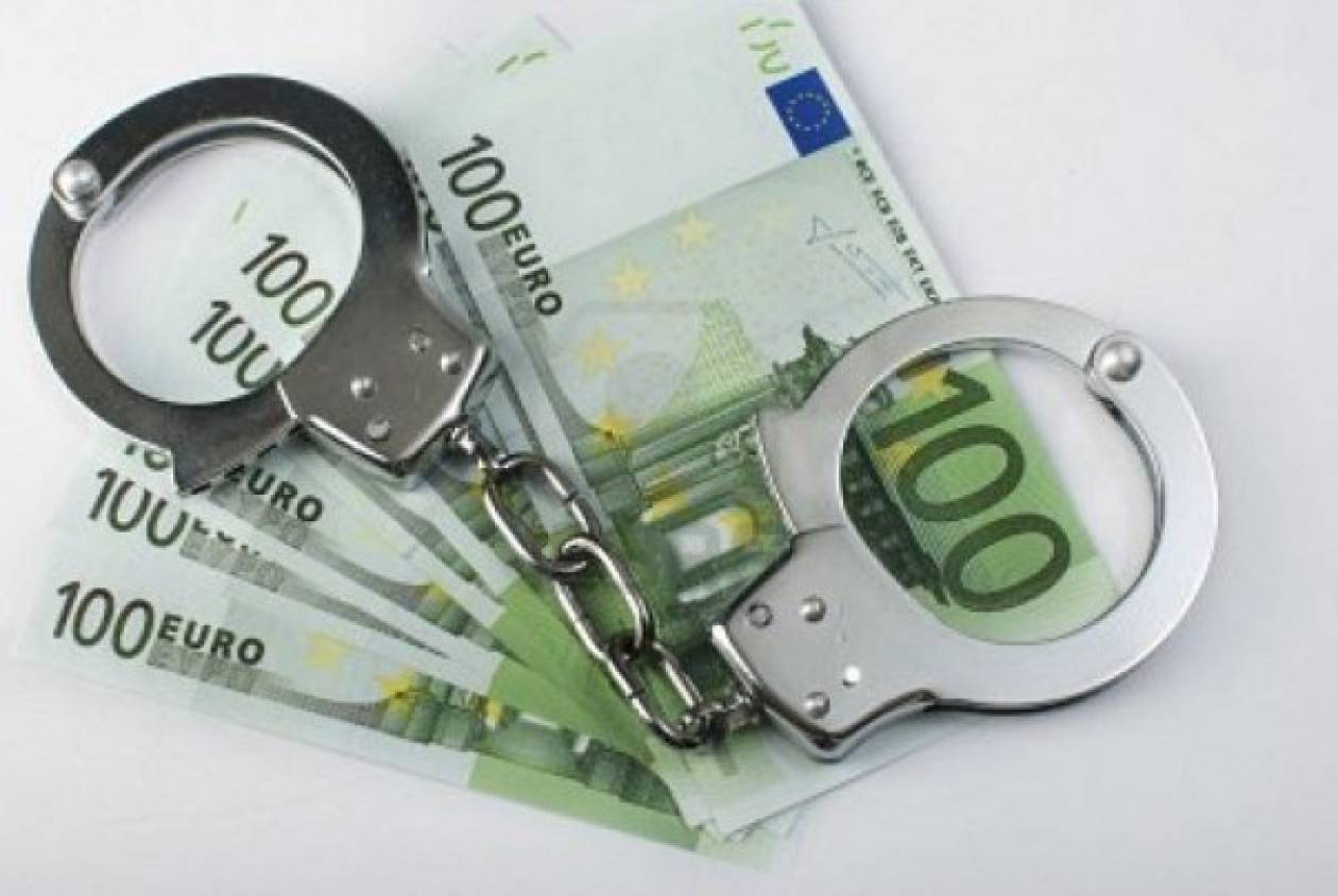 «Χειροπέδες» σε επιχειρηματία της Λαμίας για χρέη 2 εκατ. ευρώ