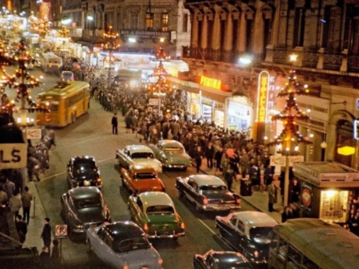 Η φωτογραφία της Χριστουγεννιάτικης Αθήνας που τους συγκινεί όλους