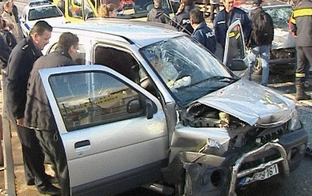 Σφοδρή σύγκρουση με έξι σοβαρά τραυματίες στην Στυλίδα (βίντεο)