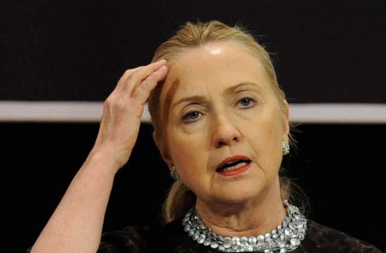Αποδέχεται τις ευθύνες του Στέιτ Ντιπάρτμεντ για την Βεγγάζη η Κλίντον