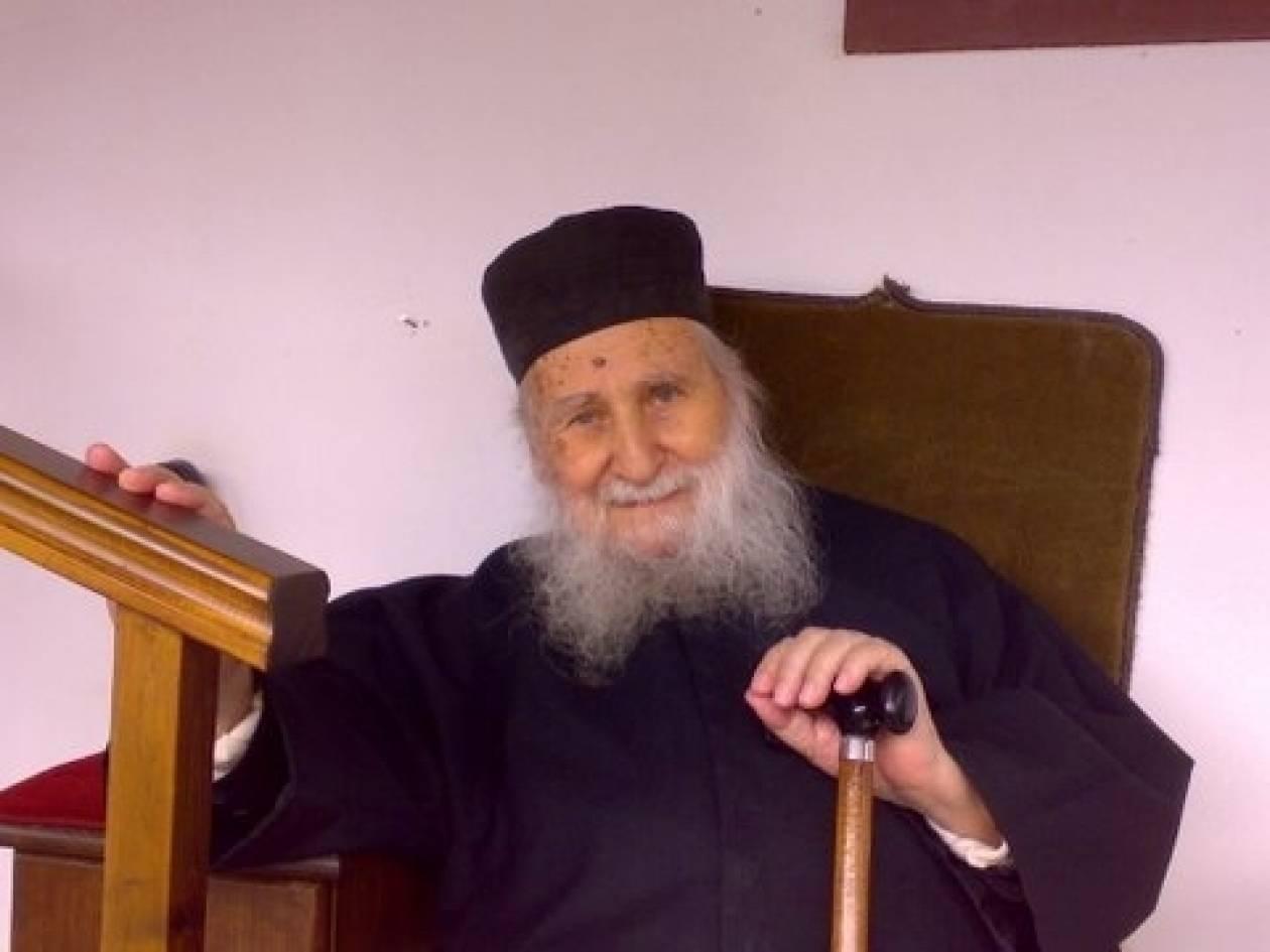 Ιωσήφ Βατοπεδινός: «Κραυγή πολέμου έρχεται από τη Βουλγαρία»