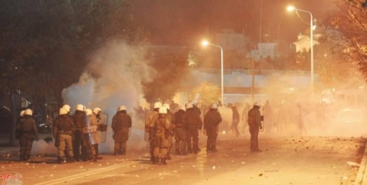Επεισόδια στο γήπεδο της Παναχαϊκής-Δύο αστυνομικοί τραυματίστηκαν