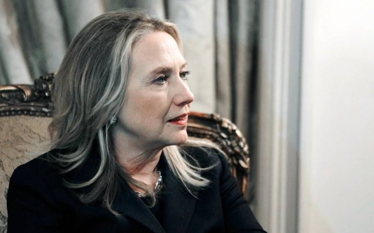 Χ. Κλίντον: Αποχή από τα αεροπλάνα μετά την κατάρρευση