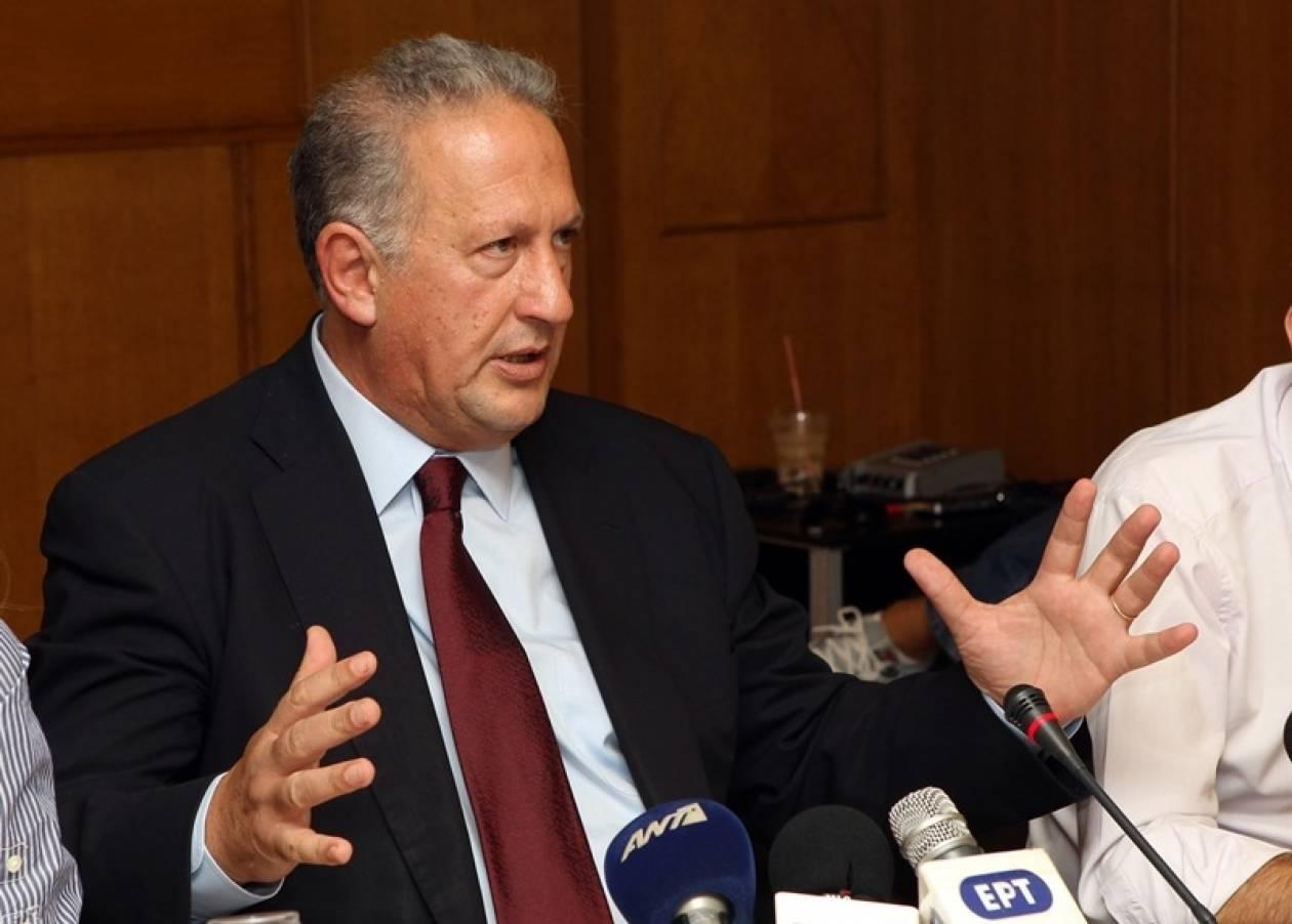 Σκανδαλίδης: Να βγει το ΠΑΣΟΚ από την κυβέρνηση