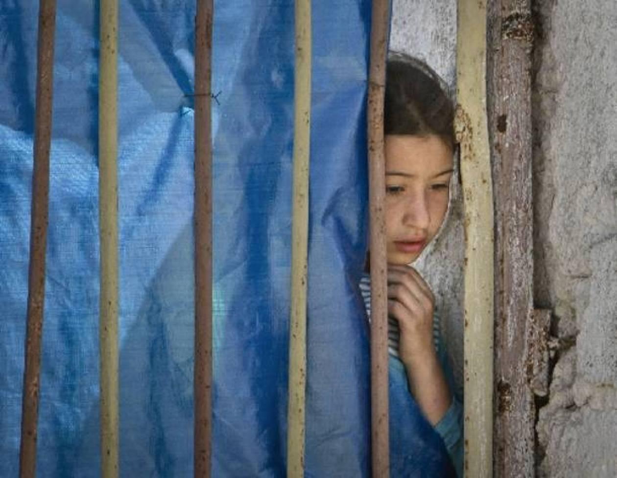 Spiegel για πρόσφυγες: Μένουν στους δρόμους ή σε άθλια καταλύματα...
