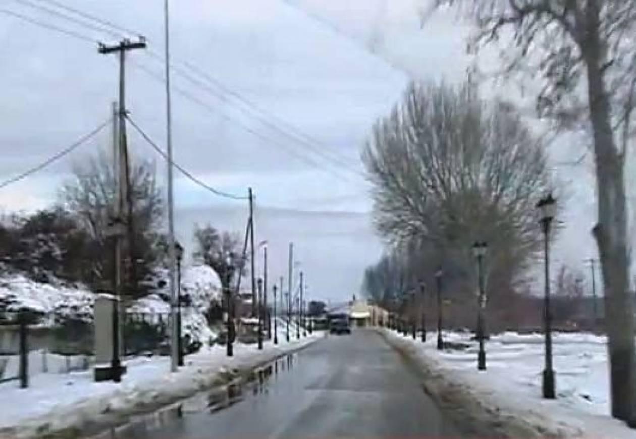 Βίντεο: Ήρθαν οι πρώτες χιονοπτώσεις στο βόρειο τμήμα του Έβρου