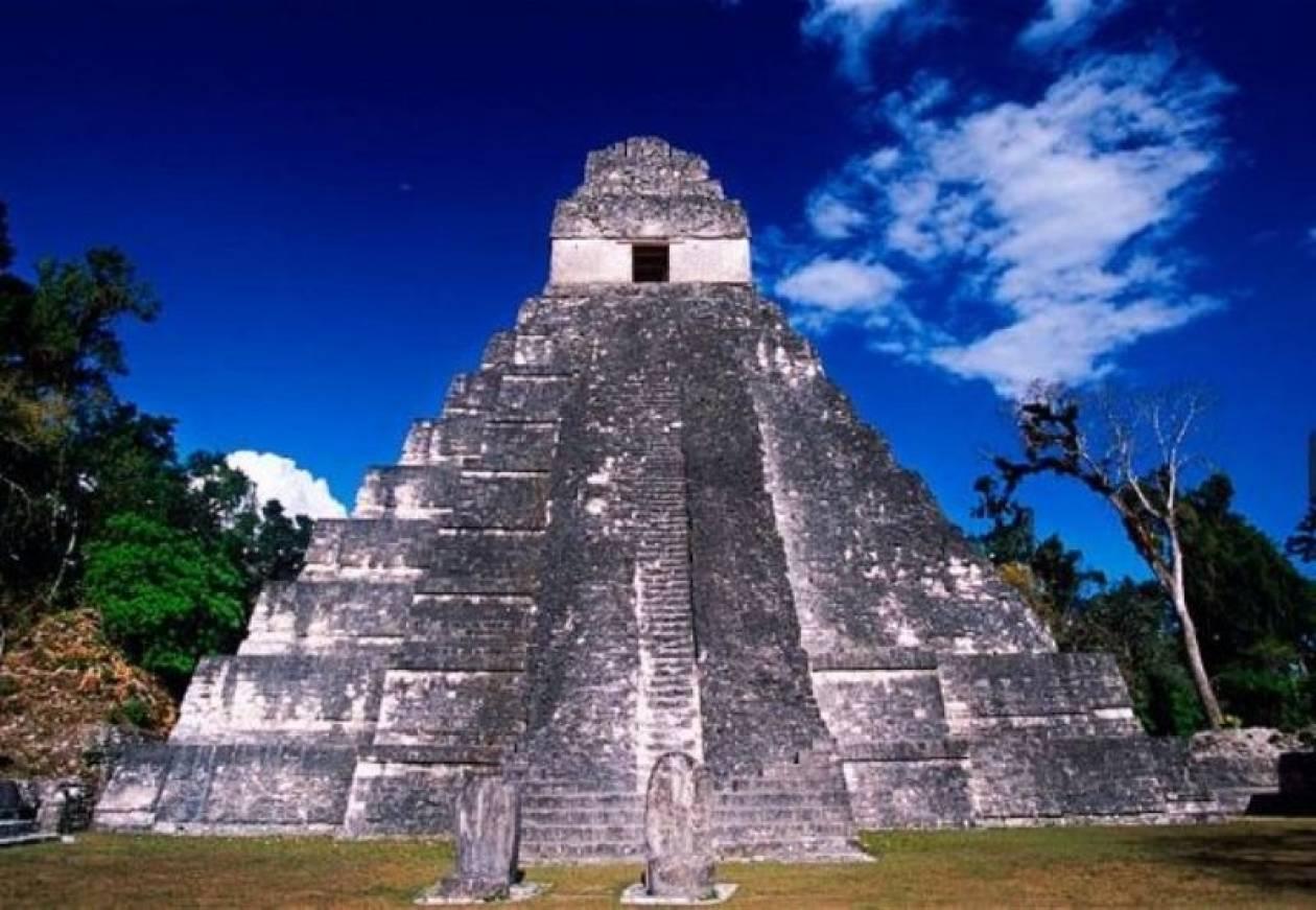 21/12/12: Χαμός στους αρχαιολογικούς χώρους των Μάγια
