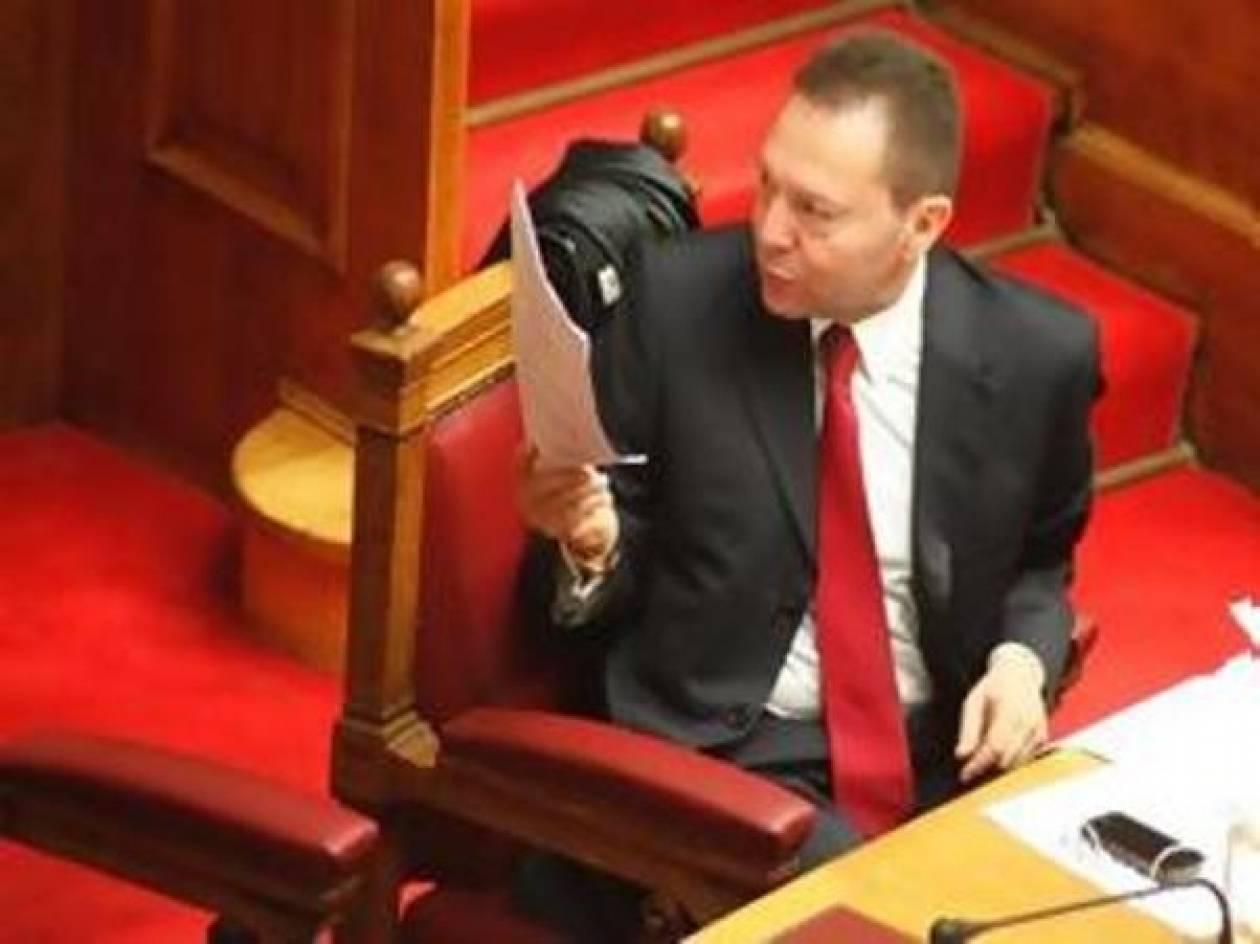 Υπερψήφιση και επί των άρθρων του φορολογικού νομοσχεδίου