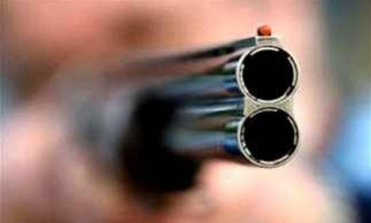 Ληστεία στη Νίκαια - Έβγαλαν όπλα μέρα μεσημέρι