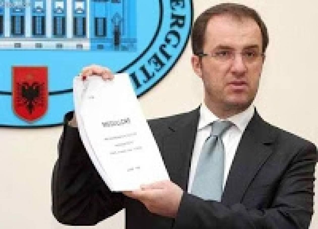 Πρώην υπουργός της Αλβανίας ομολογεί δημόσια ότι είναι Ορθόδοξος