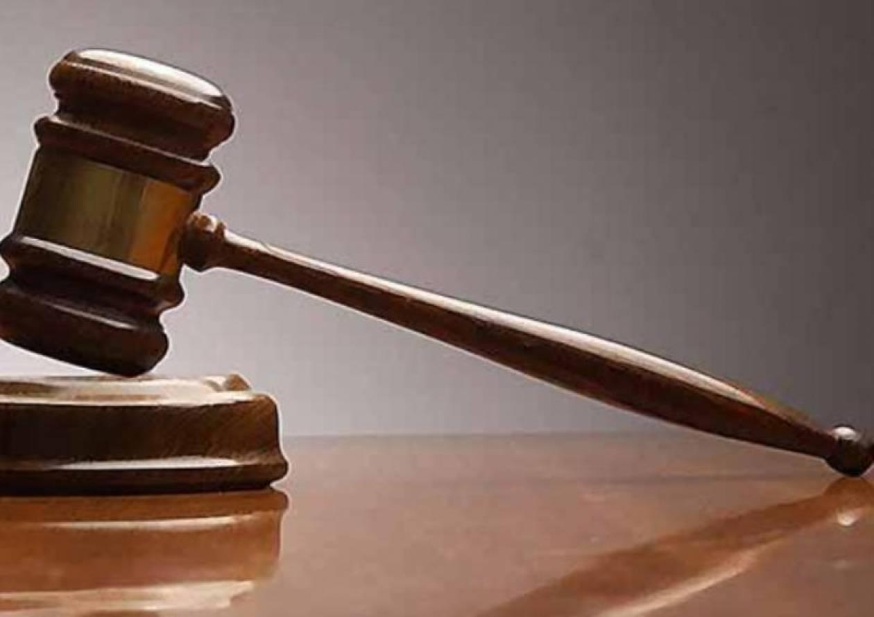 Ελεύθερος ο 57χρονος που έπαιρνε τη σύνταξη της νεκρής μητέρας του