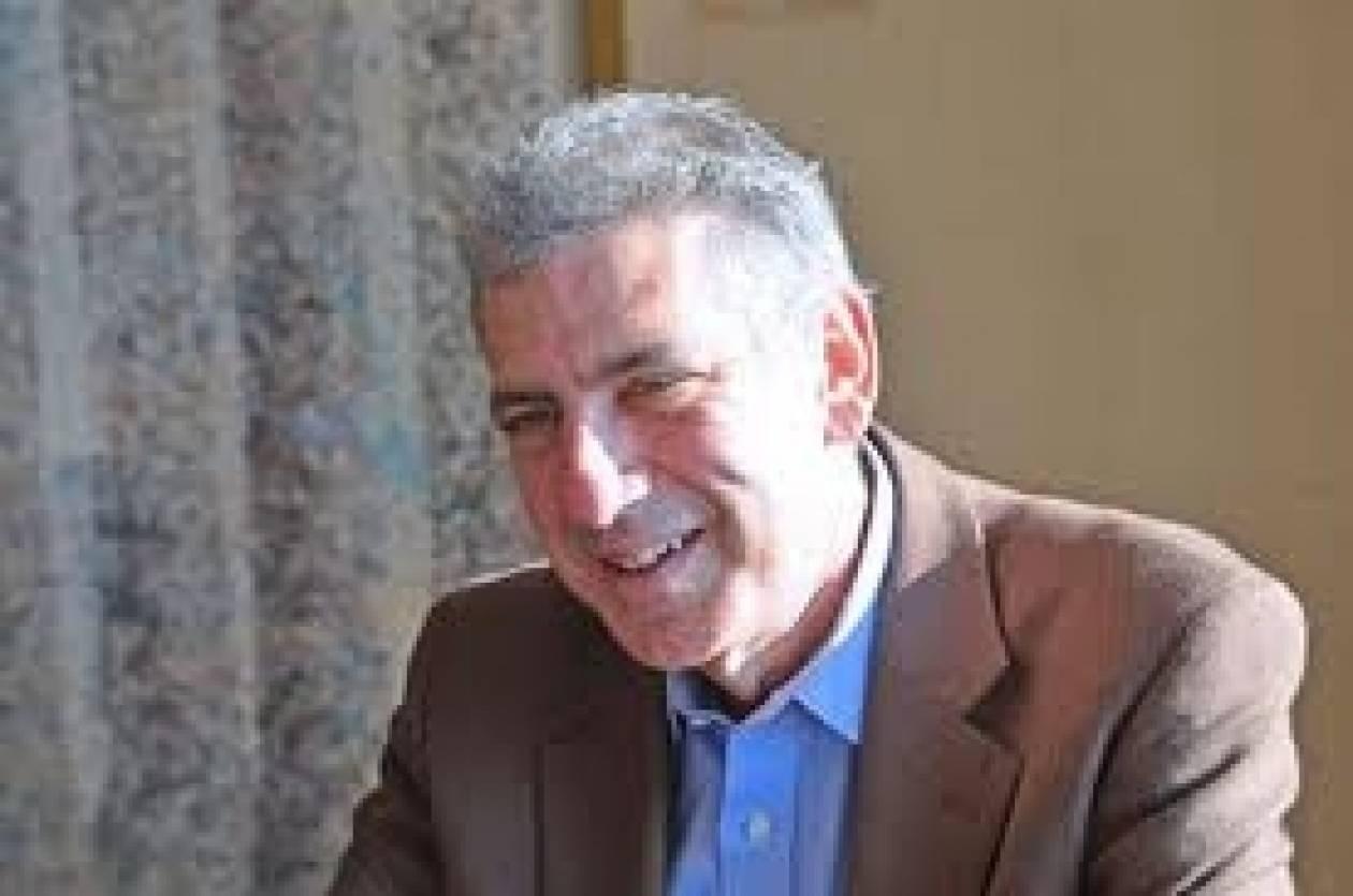 Τζο Τρίπι: Στην Ελλάδα υπάρχουν δύο κόμματα «ζόμπι» και δύο «τρελά»