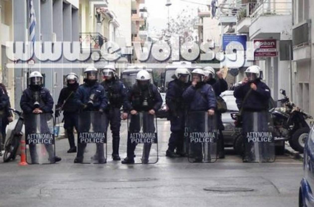 Βίντεο:Σε «εμπόλεμη ζώνη» μετατράπηκε ο Βόλος