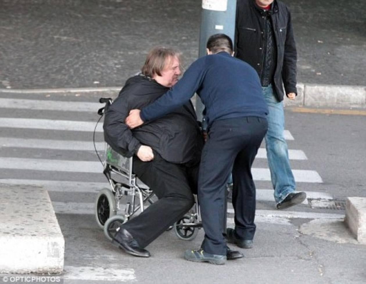 Στη Ρώμη με αναπηρικό καρότσι ο Ντεπαρτιέ