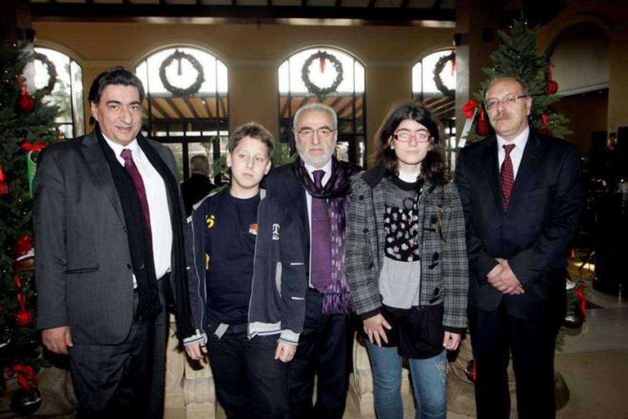 Ο Σαββίδης λατρεύει και το σκάκι (photos)