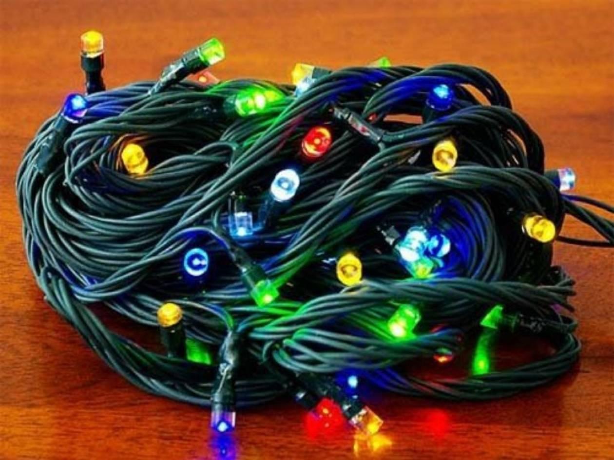Δε φαντάζεστε πού πηγαίνουν τα πεταμένα χριστουγεννιάτικα λαμπάκια!