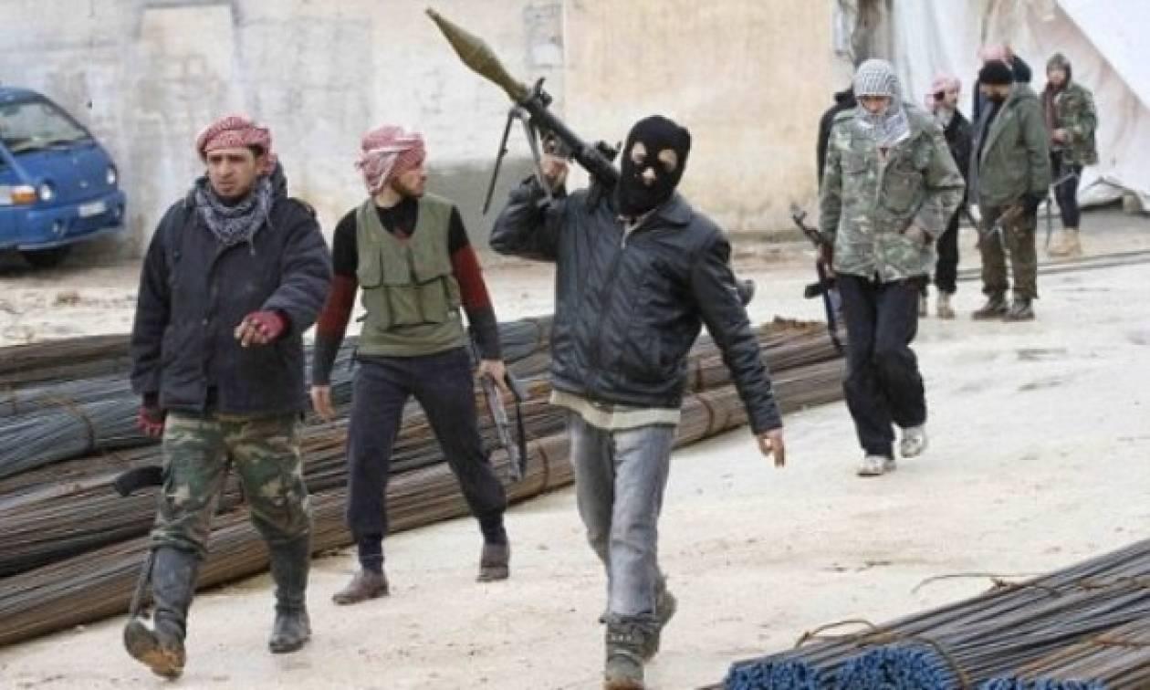 Συρία: Οι αντάρτες πήραν τον έλεγχο πόλης στην μεθόριο με την Τουρκία
