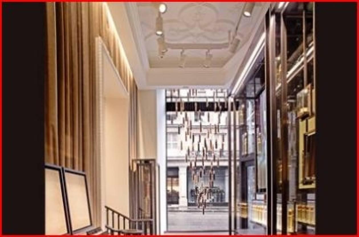 Άνοιξε: το πρώτο κατάστημα Burberry Beauty στο Λονδίνο