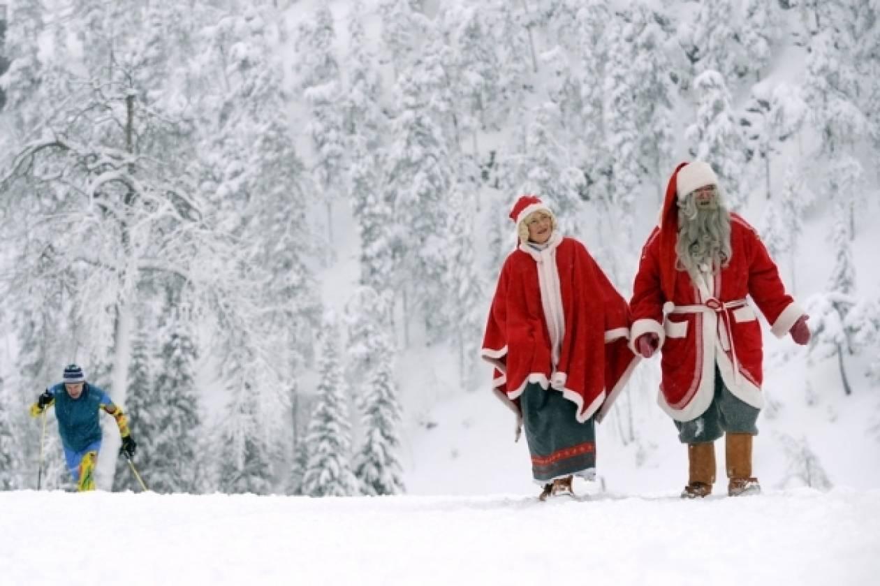 Ο Άγιος Βασίλης έρχεται με κάθε τρόπο κοντά στα μικρά παιδιά!