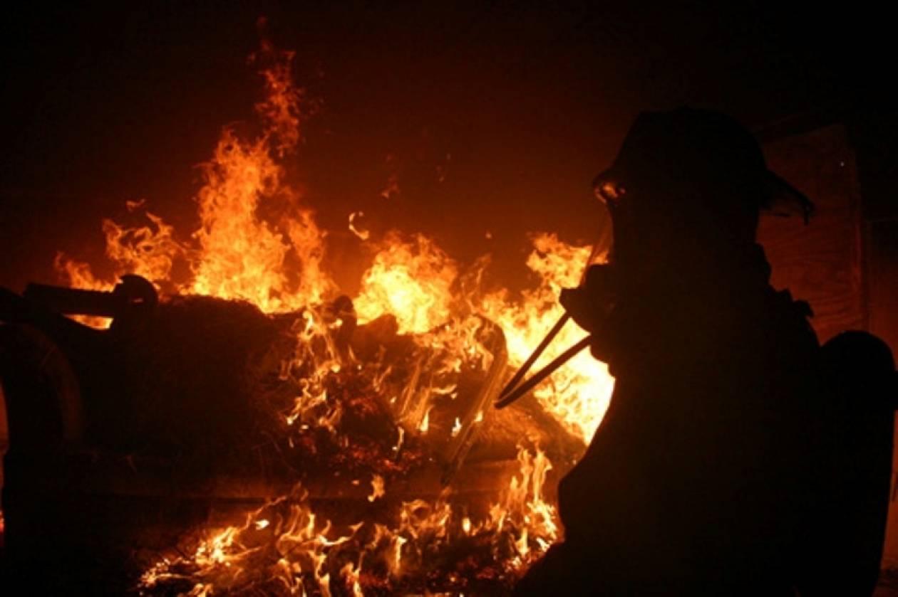ΤΩΡΑ: Φωτιά σε σπίτι στον Άγιο Βλάσιο Πηλίου