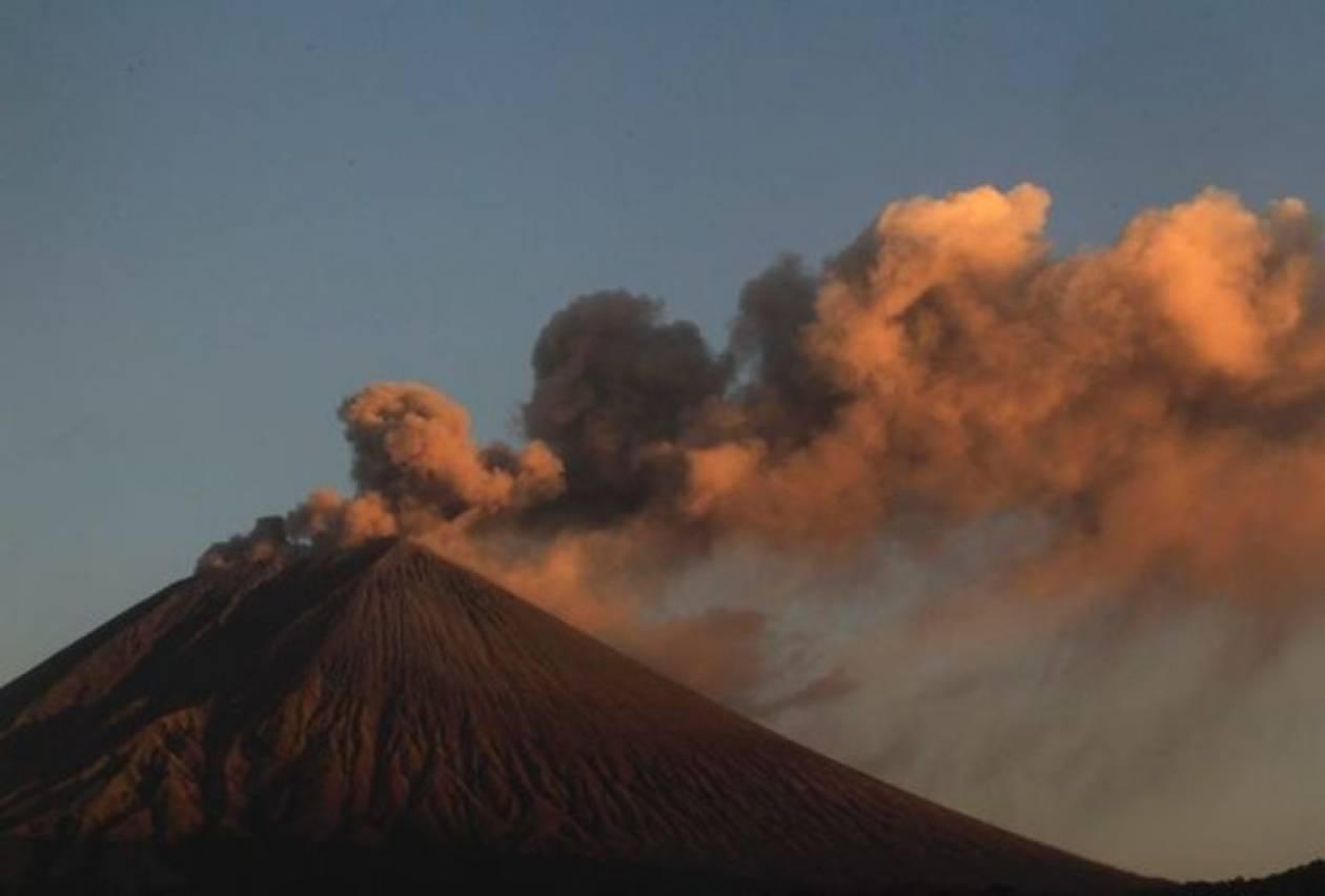 Βίντεο: Εκκενώθηκαν περιοχές γύρω από ηφαίστειο της Νικαράγουας