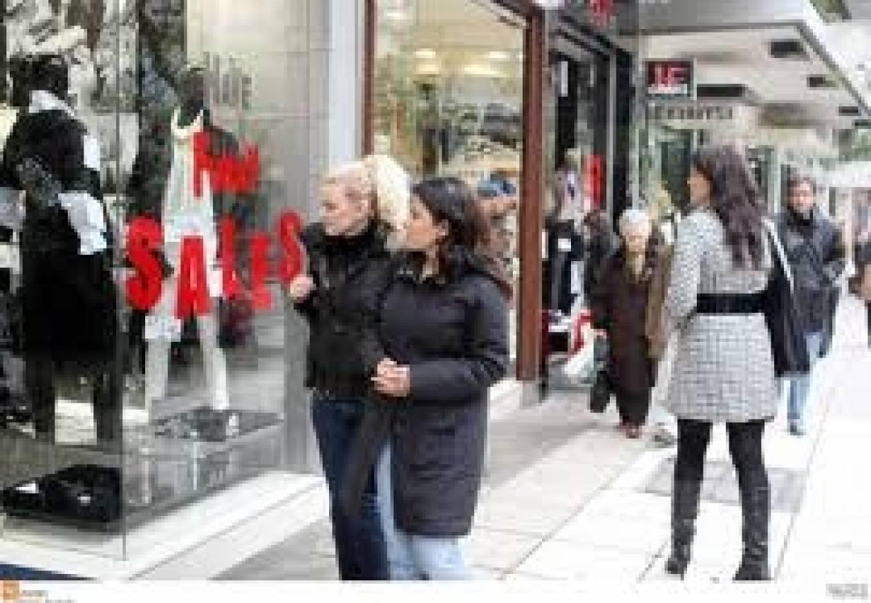 ΕΣΕΕ: Θα αυξηθούν οι τιμές αν ανοίγουν τις Κυριακές τα καταστήματα