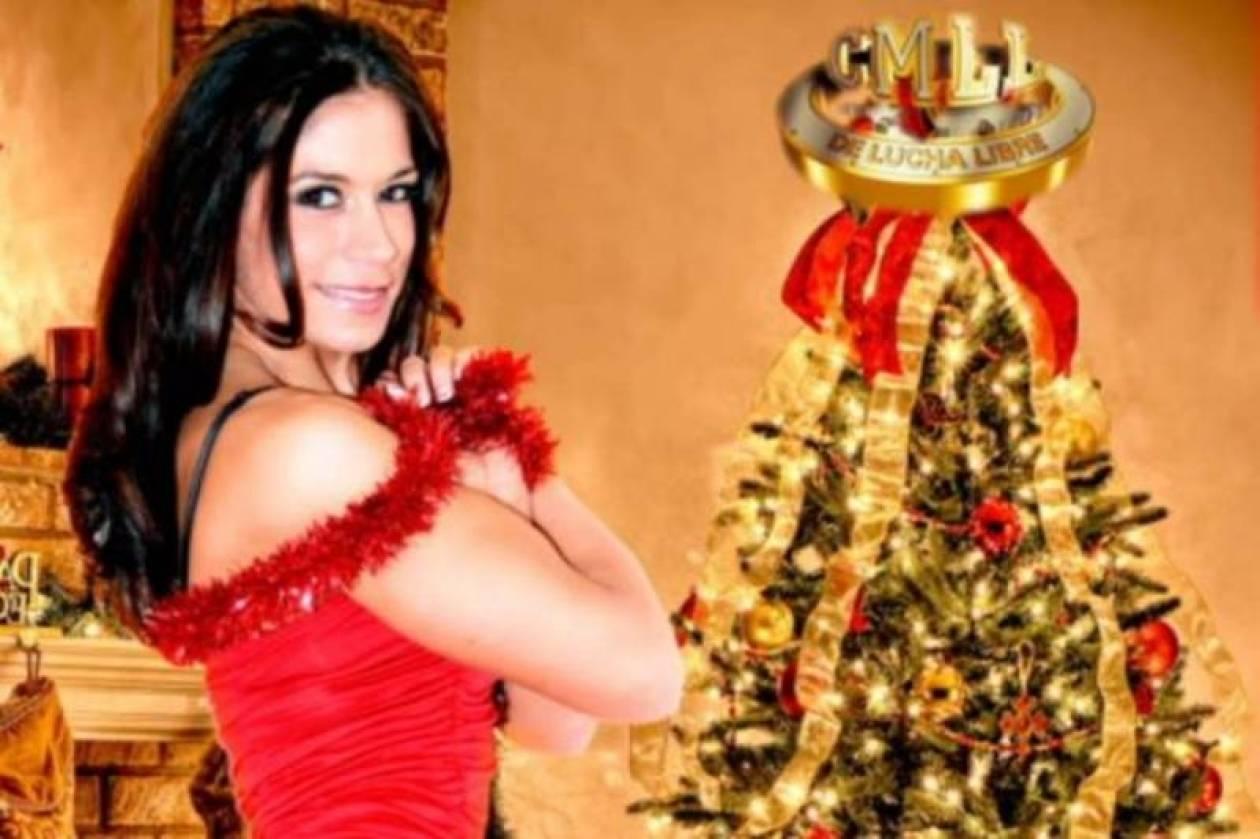 Sarita: Ντύθηκε γιορτινά για το CMLL (photos)