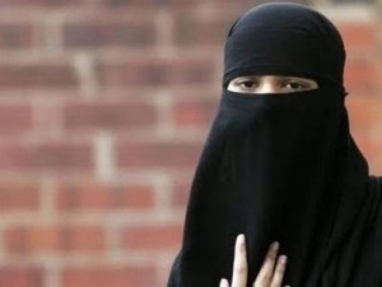 Ρωσίδες στο Ιράν παίρνουν προσαύξηση εάν φορούν μαντίλα
