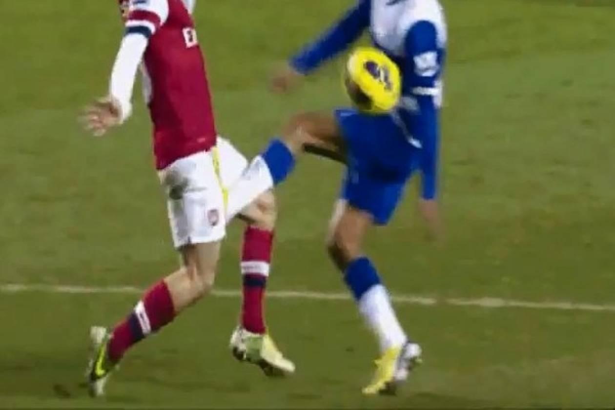 Βίντεο: Αυτό πρέπει να πόνεσε! Οδυνηρά ποδοσφαιρικά ατυχήματα