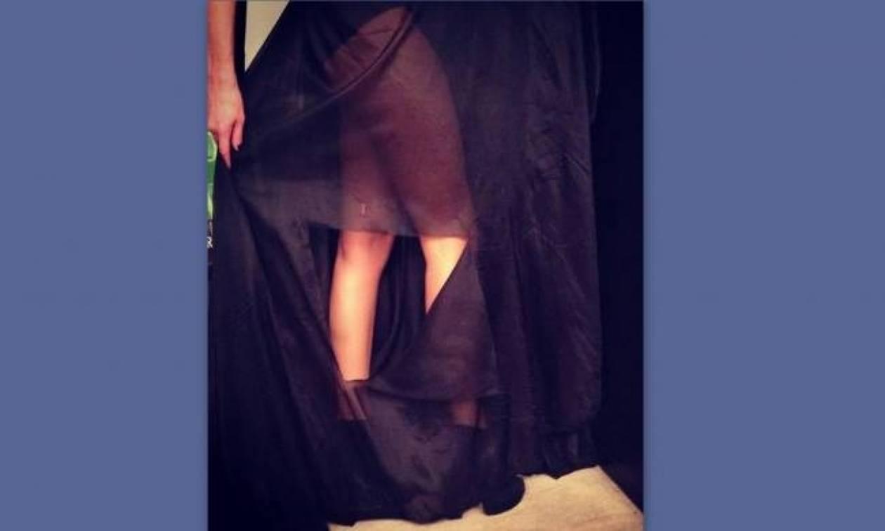 Σκίστηκε το φόρεμα γνωστής Ελληνίδας τραγουδίστριας