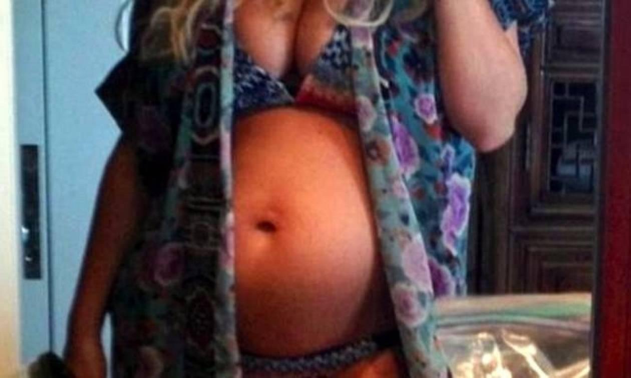 Δεν πρόλαβε καλά καλά να ανακοινώσει τη 2η εγκυμοσύνη της...