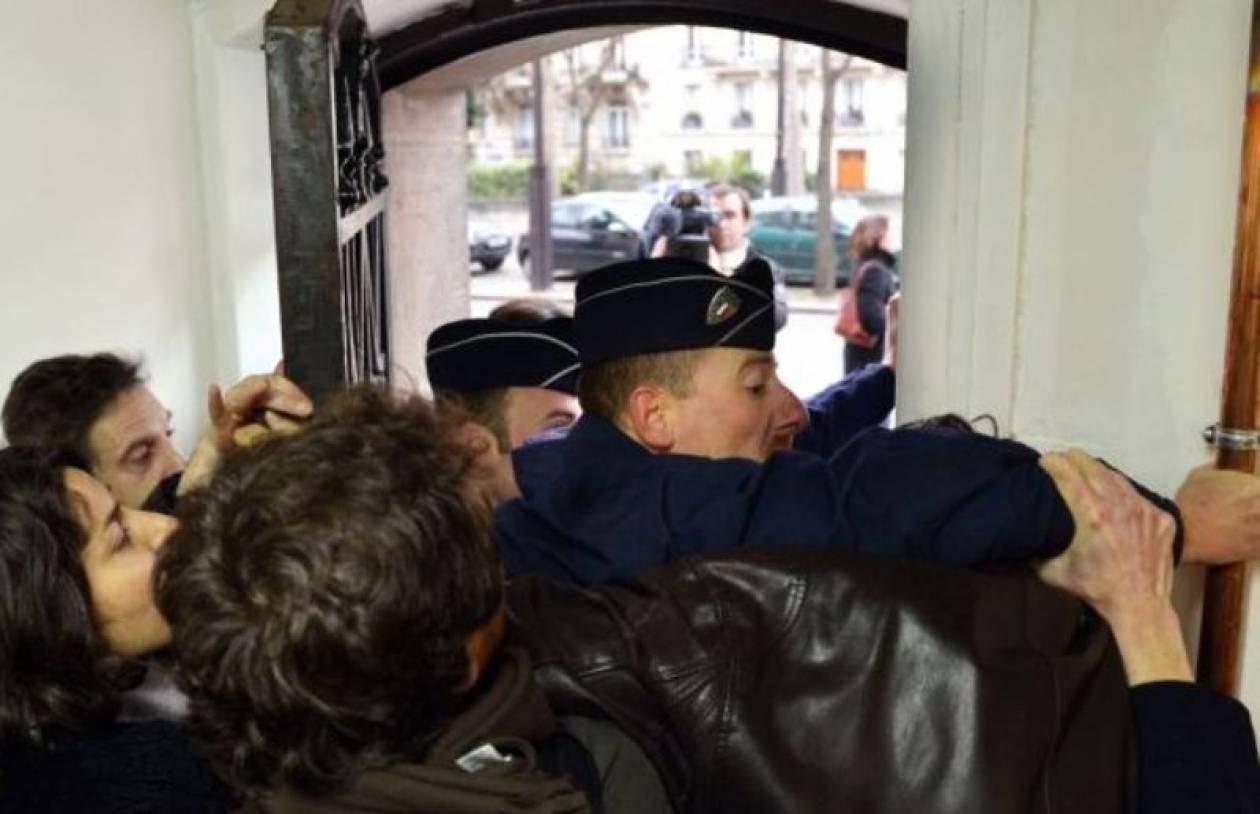Παρίσι: Κατάληψη στην πρεσβεία του Βατικανού