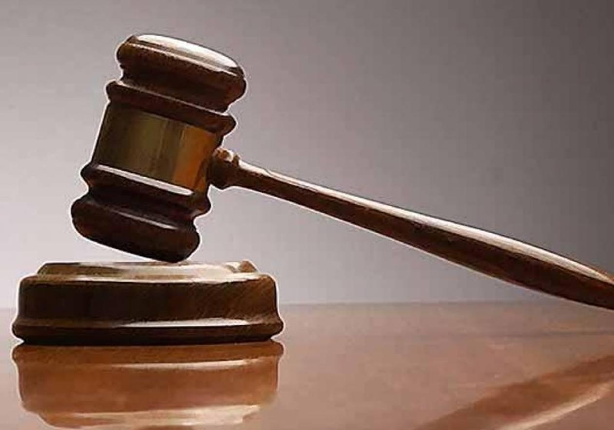 Διαβιβάζεται σε άλλο δικαστήριο η υπόθεση του ομαδικού βιασμού