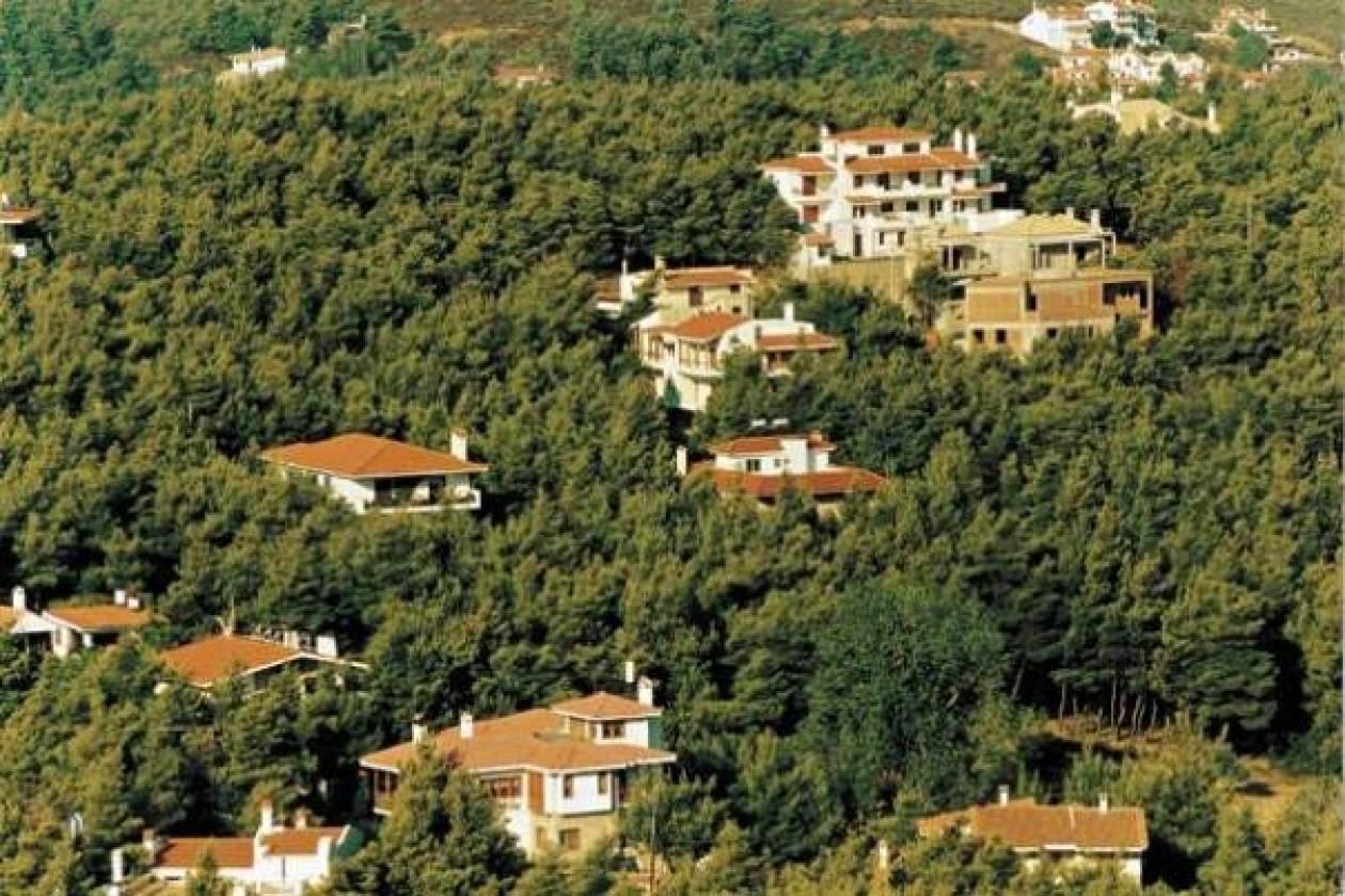 ΣΥΡΙΖΑ: Μόνιμη η «νομιμοποίηση» των αυθαιρέτων;