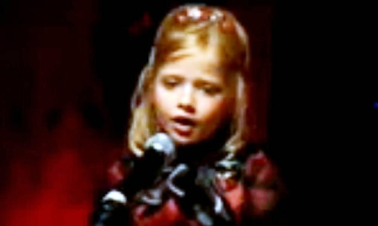 7χρονο κοριτσάκι τραγουδάει κομμάτι από το «Φάντασμα της Όπερας»