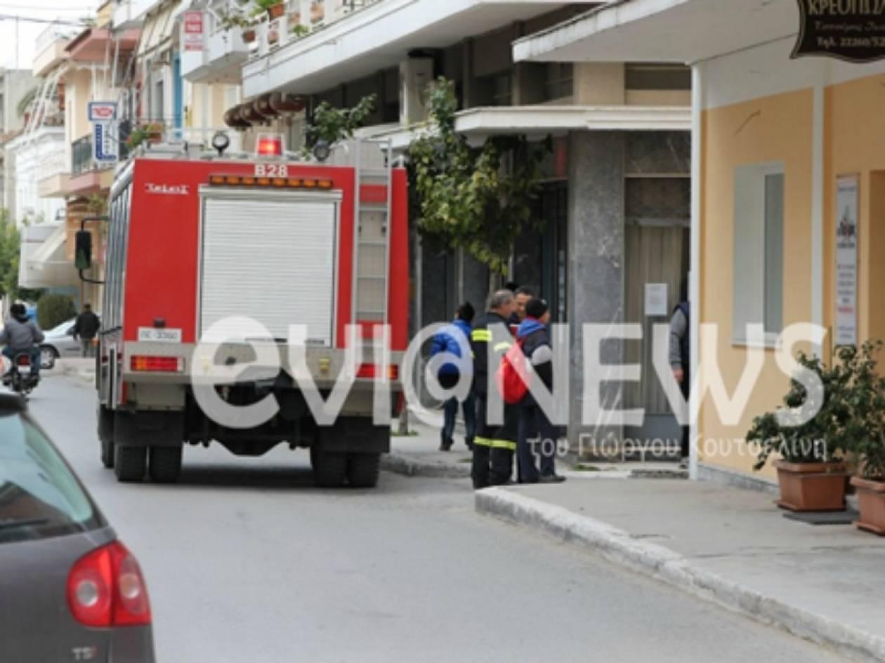 Εύβοια: Πήγε να ζεσταθεί και παραλίγο να κάψει το σπίτι του (pics)