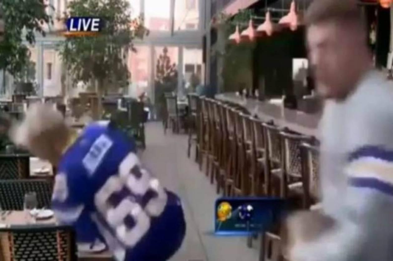 Απίστευτο ατύχημα ρεπόρτερ από... τάκλιν κάμεραμαν (Video)