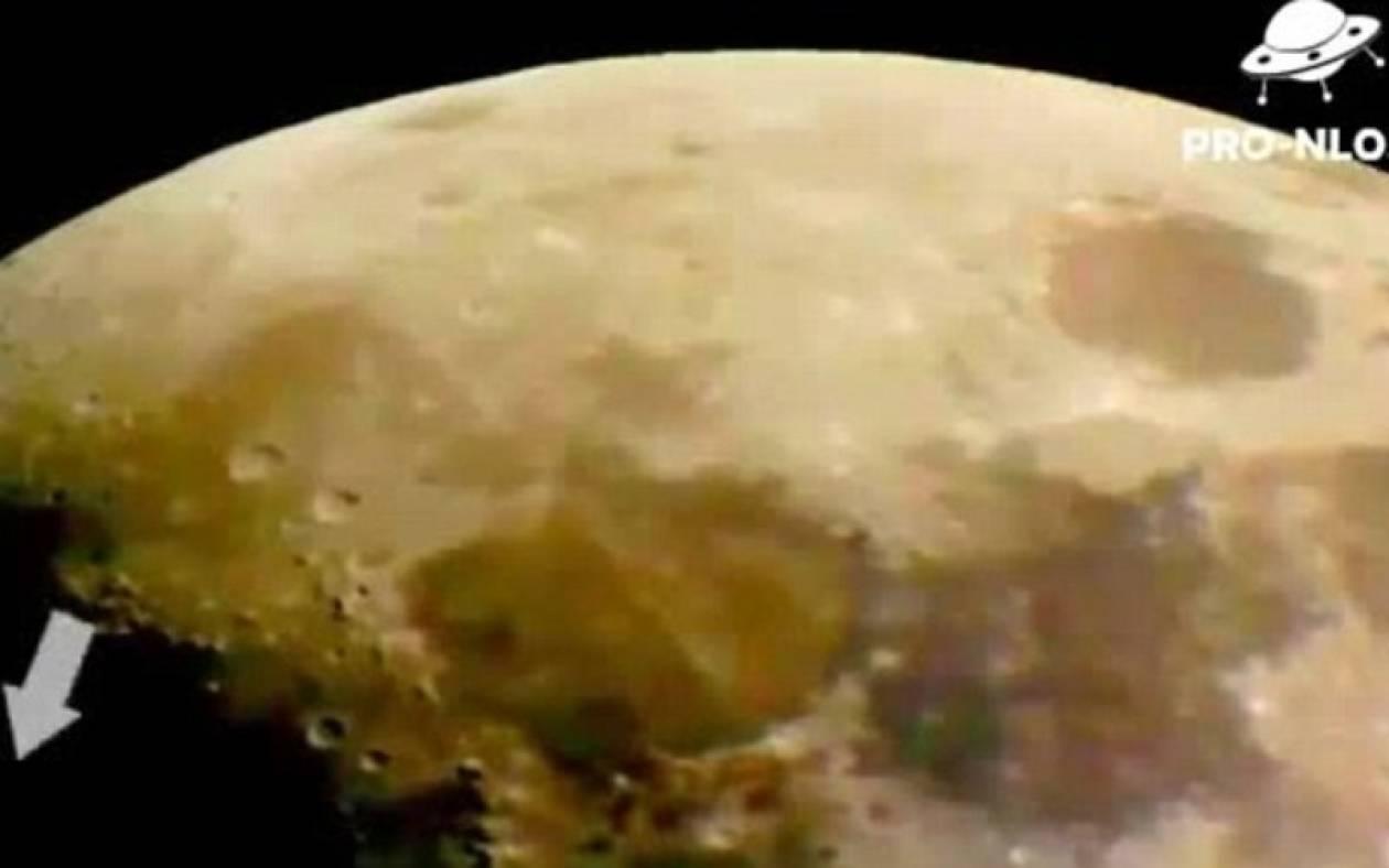 Βίντεο: Η σκοτεινή πλευρά του φεγγαριού κρύβει UFO!