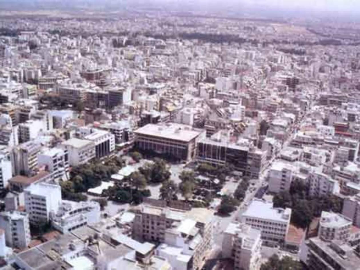 Απίστευτο: Δείτε τι έκλεψαν από πλατεία της Λάρισας