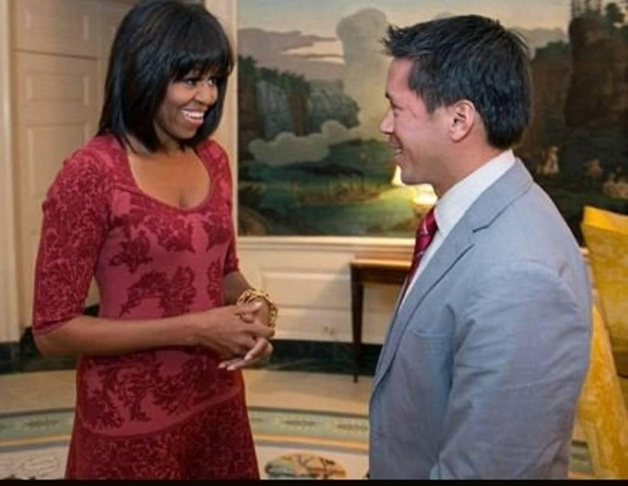 Η Michelle Obama άλλαξε κουπ: δείτε τη με αφέλειες!