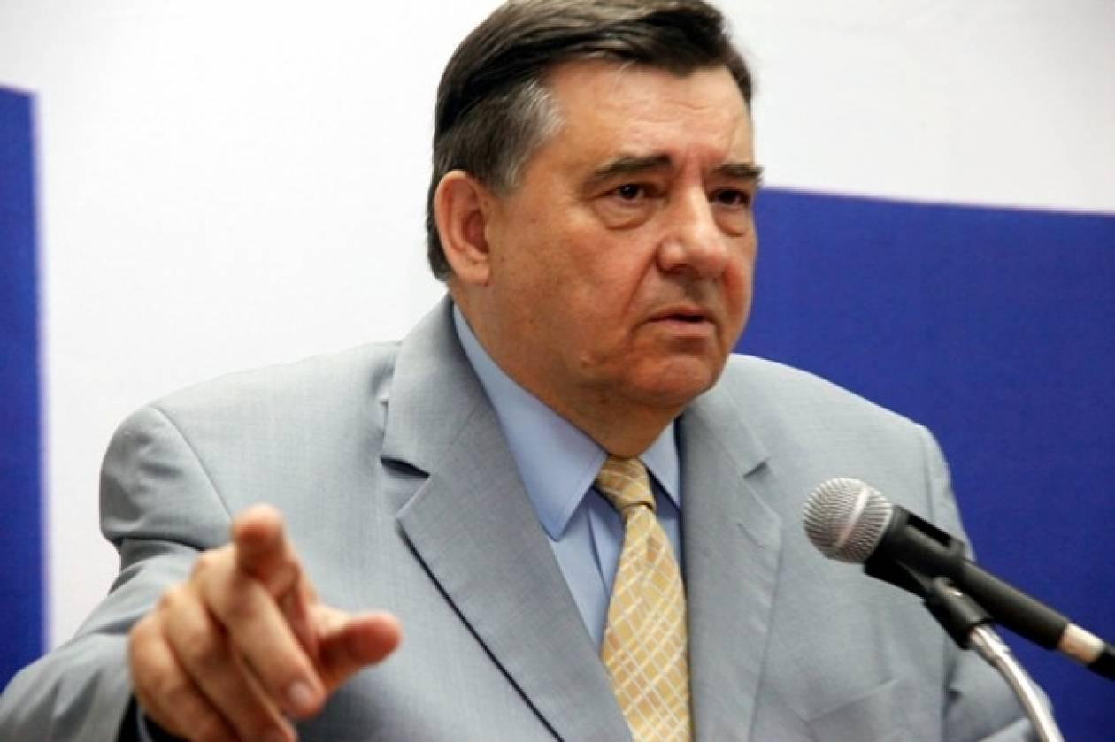 Γ.Καρατζαφέρης: Να παραιτηθεί ο Παπούλιας