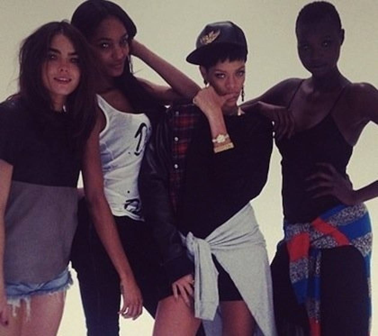 Oι πρώτες εικόνες από τη συλλογή της Rihanna για το River Island