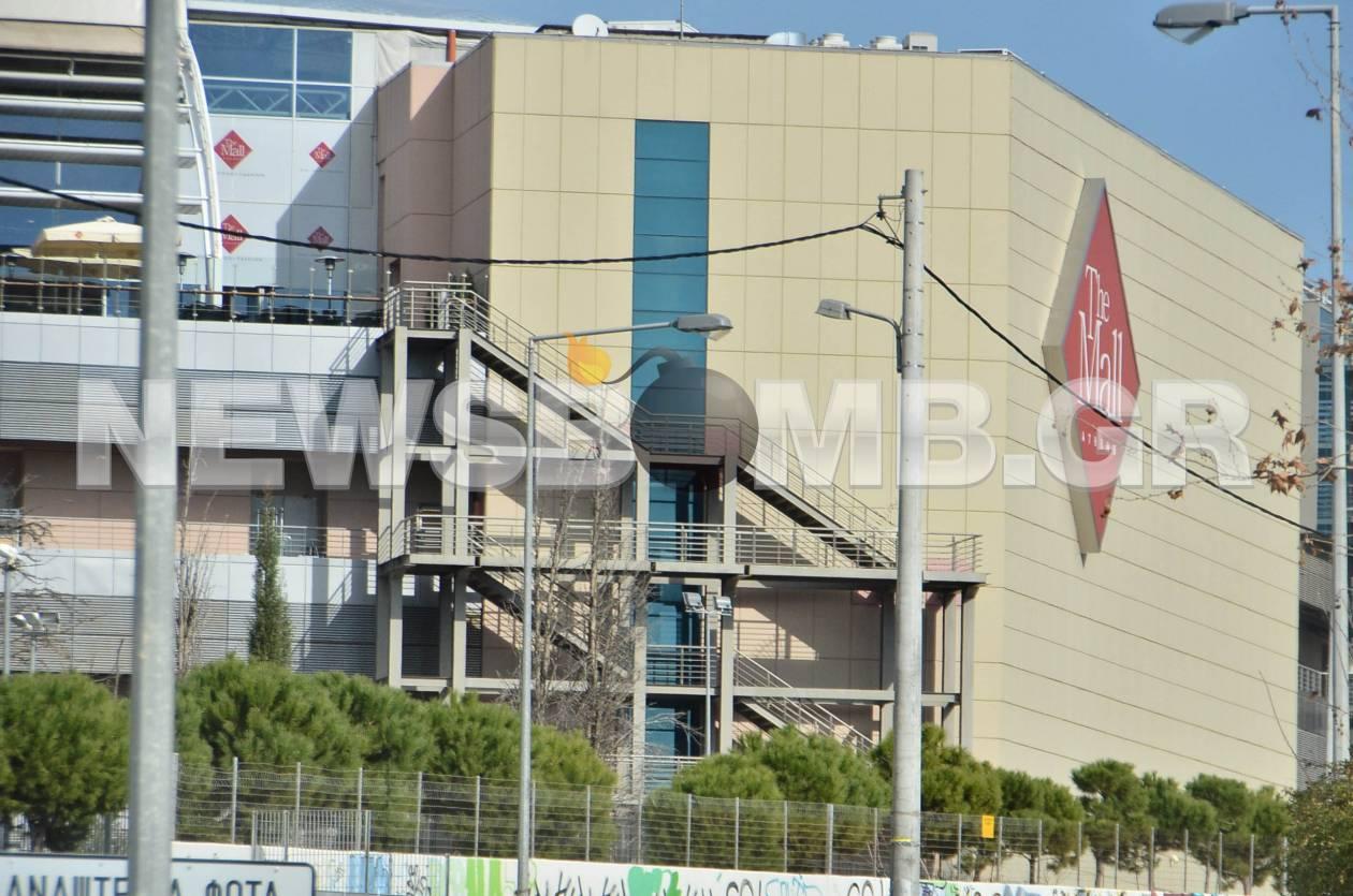 Δείτε τις πρώτες φωτογραφίες μετά την έκρηξη στο Mall Athens