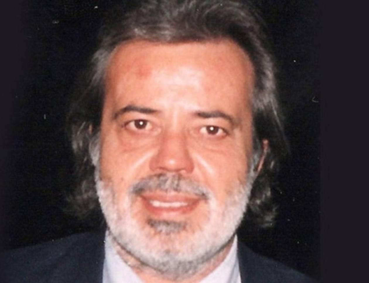 «Έφυγε» ο δημοσιογράφος Νίκος Αλιβιζάτος