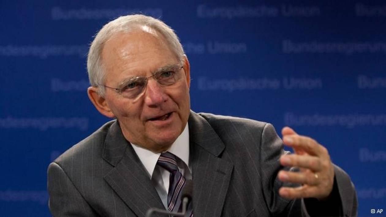 Σόιμπλε: Θα πρέπει να συμφωνήσουν η τρόικα και η Κύπρος