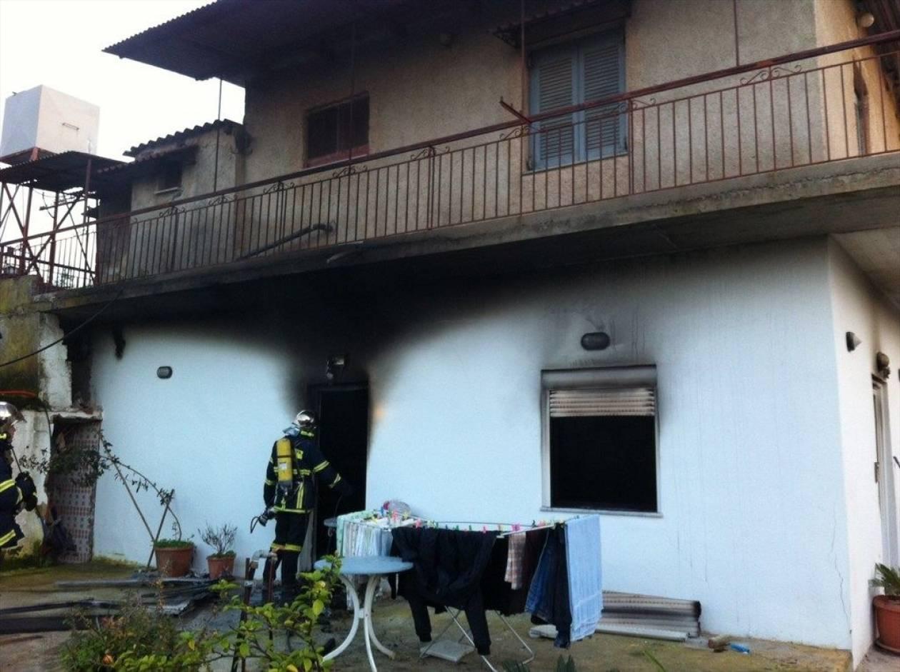 Έβλεπαν το σπίτι τους να καίγεται (pics - vid)