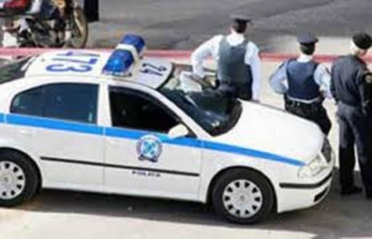 Οδηγός εγκατέλειψε γυναίκα-Την βρήκαν αστυνομικοί να χαροπαλεύει