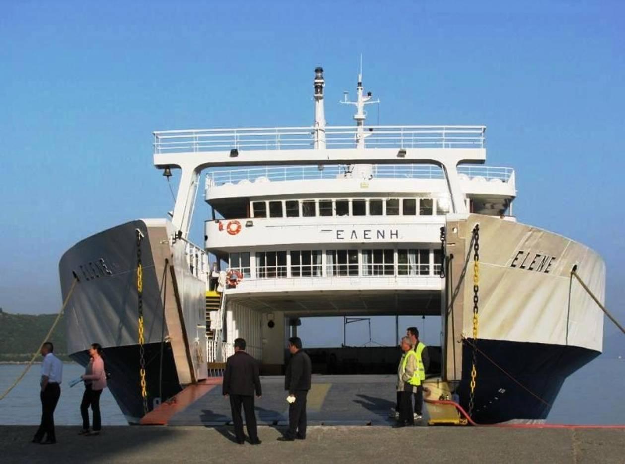 Πρόσκρουση επιβατικού πλοίο στο λιμάνι της Λευκάδας