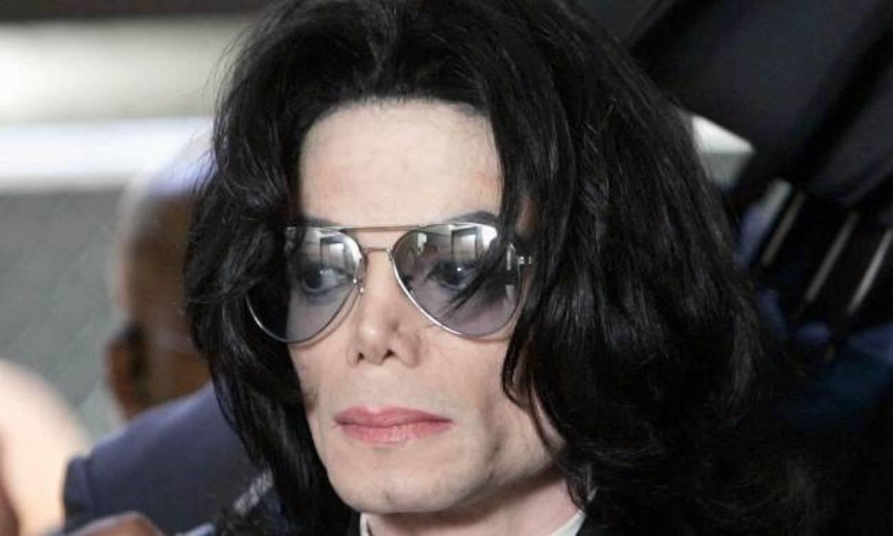 Ο γιατρός του Michael Jackson είναι ο βιολογικός πατέρας του γιου του!